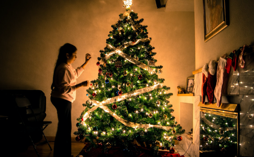5 Ways to Enjoy the Holidays Safely this Year